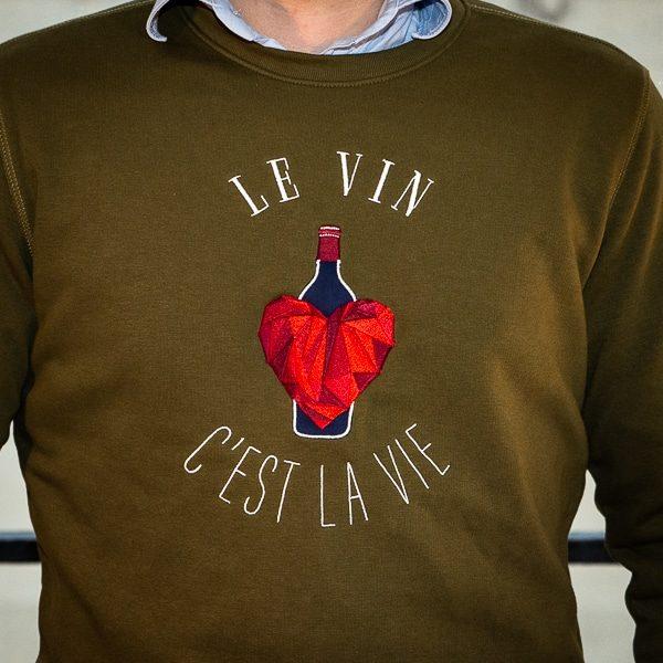 Logo du sweat Petit Cépage le vin c'est la vie